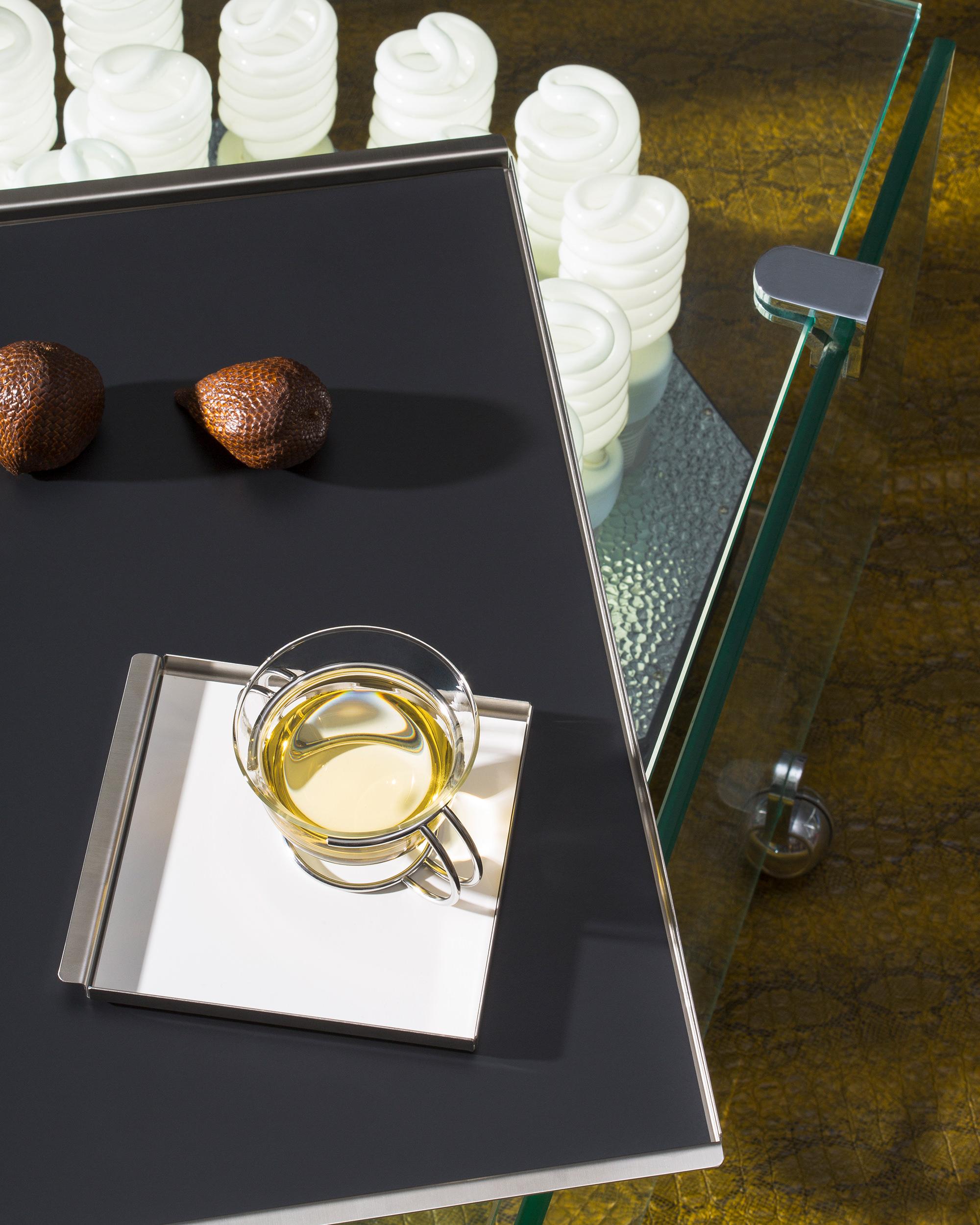 Mono Tabletts Trays Credits Rober Rosenstock
