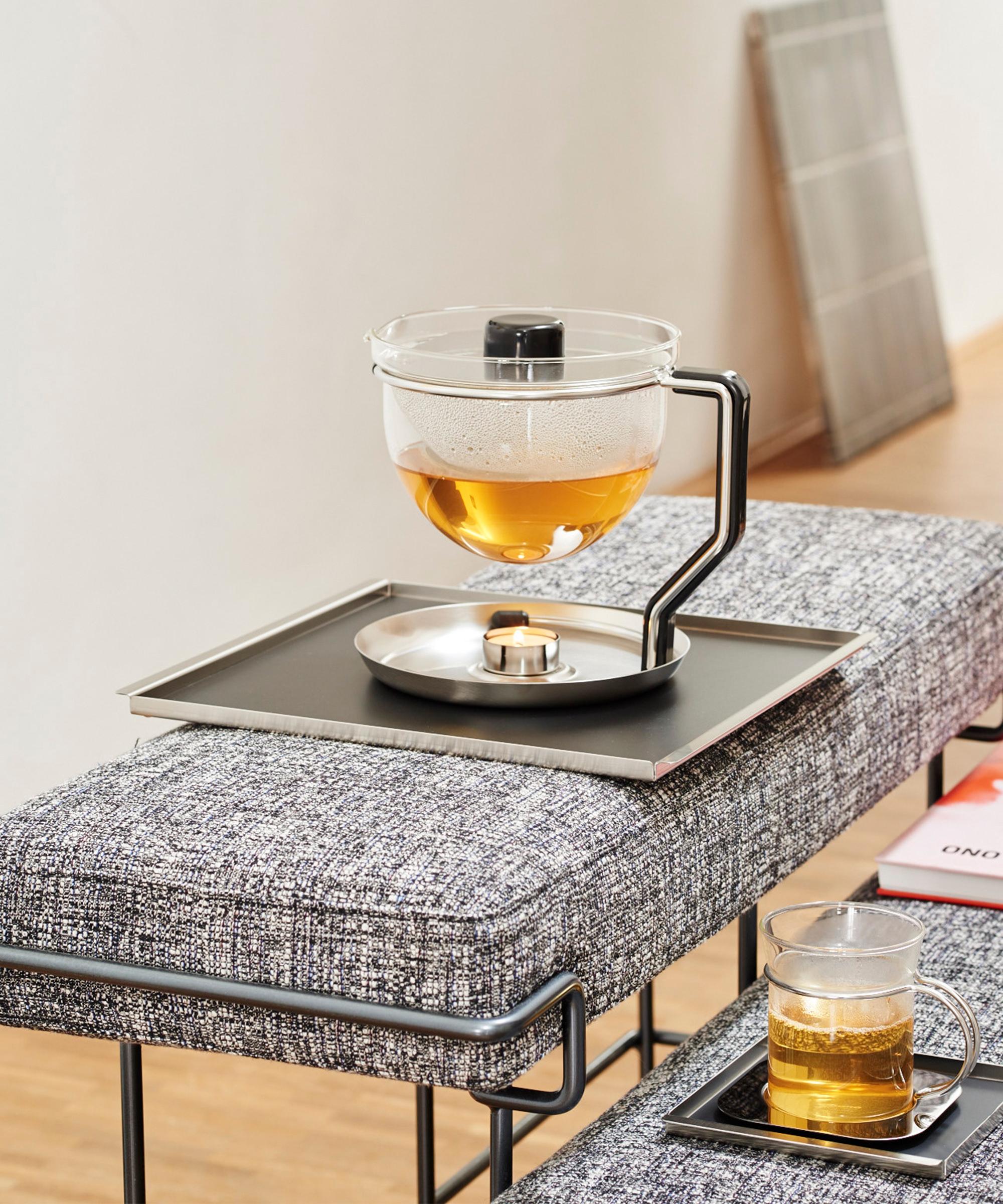 10400 Mono Classic Teekanne Teapot 01